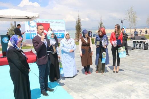 Edremit'te 'Anneler Günü' etkinliği
