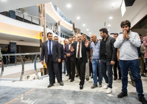 Vali Zorluoğlu Park AVM'yi inceledi