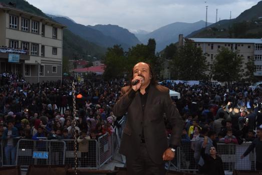 Festival Kıraç konseriyle son buldu