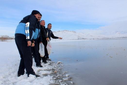 Sıhke Gölü buz tuttu