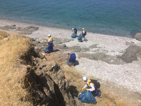 Tuşba Belediyesi'nden sahil temizliği