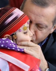 Erdoğan'a Van'da dev karşılama