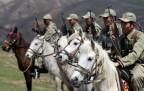 Van'daki Kırgız süvari birliği