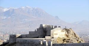 Van Kalesi UNESCO yolunda!