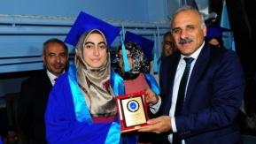YYÜ'de mezuniyet sevinci yaşandı