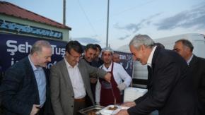 Tuşba'da Kardeşlik sofrasına yoğun ilgi