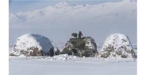 Van'da zorlu kış şartlarının resimleri