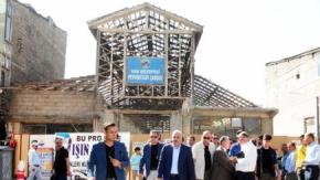 Vali Zorluoğlu, Tarihi Peynirciler Çarşısı'nda incelemelerde bulundu