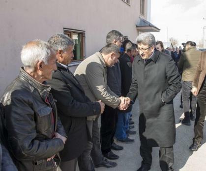 Vali Bilmez'den  Yeşilköy ve Yeniköşk Mahallelerine ziyaret