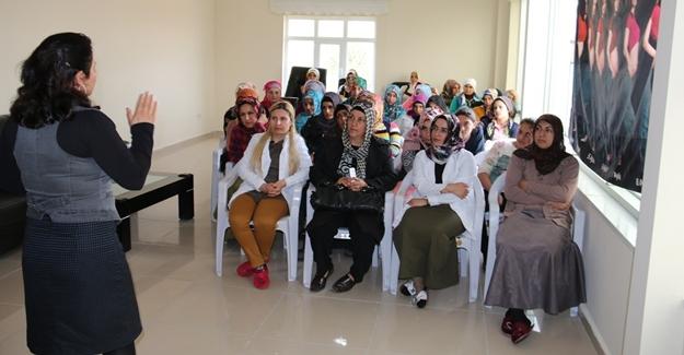 Edremit Belediyesi'nde kadın sağlığı konulu seminer verildi - Van Haber