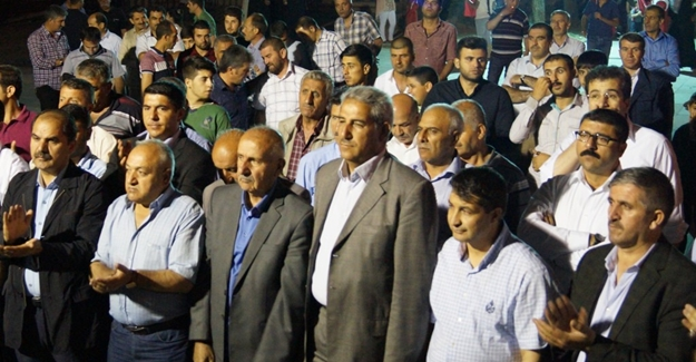 Darbe girişimine bir tepki de Ercişli gazetecilerden