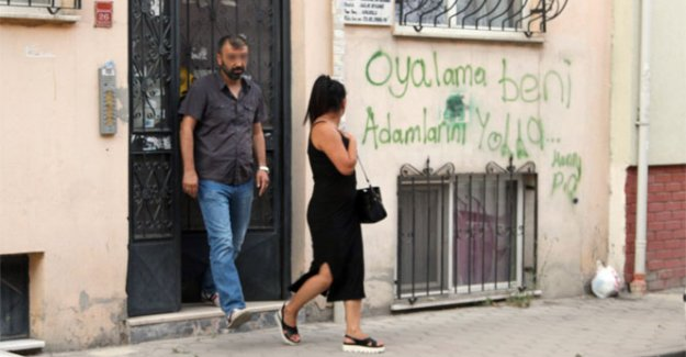 Eskişehir'de fuhuş evindeki dikkat çeken duvar yazısı