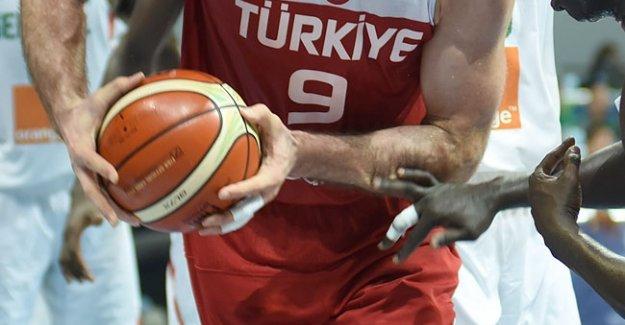 Türkiye Fransa Olimpiyat Elemeleri yarı final basketbol maçı ne zaman hangi kanalda?