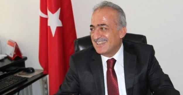 Atatürk Üniversitesi Rektörlüğüne atanan Prof. Dr. Ömer Çomaklı kimdir?