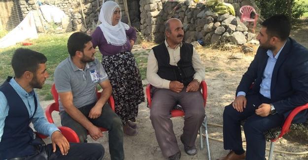 AK Partili gençlerden hasta ziyaretleri