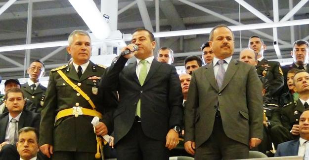 Erciş'te 29 Ekim Cumhuriyet Bayramı kutlandı