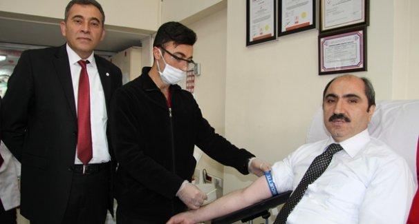 AK Parti'den kan bağışına destek