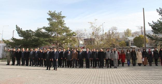 Muradiye'de 10 Kasım Atatürk'ü anma töreni