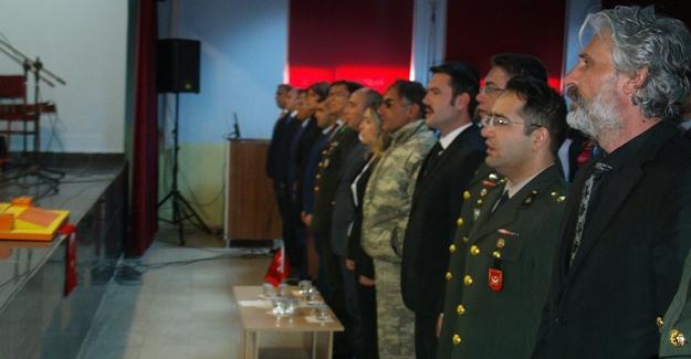 Özalp'ta 10 Kasım anma programı düzenlendi