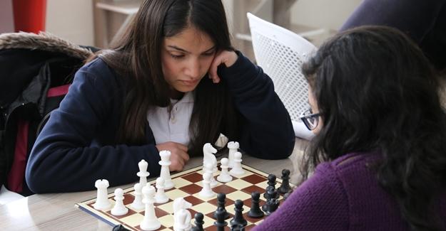 Çaldıran Belediyesi Satranç turnuvası başladı