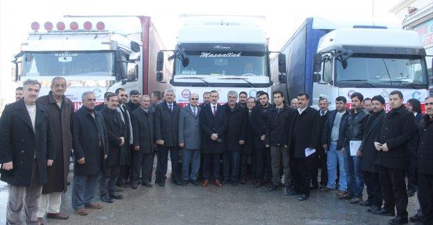 Edremit'te Halepliler için 3 tır yardım toplandı