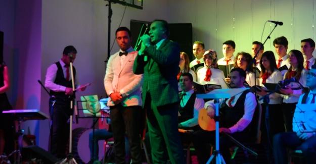 Üniversite öğrencilerinden Ercişlilere konser
