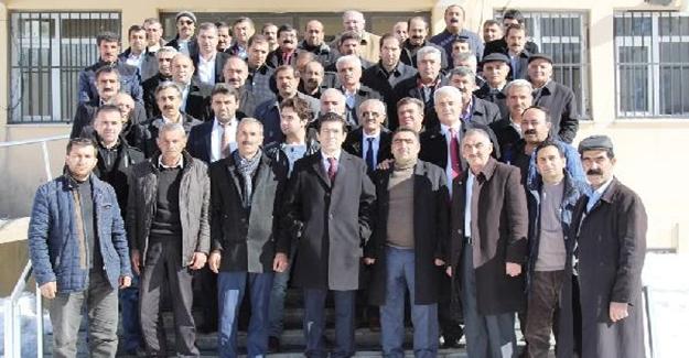 Belediye Başkanvekili Öztürk ilk toplantısını muhtarlarla yaptı