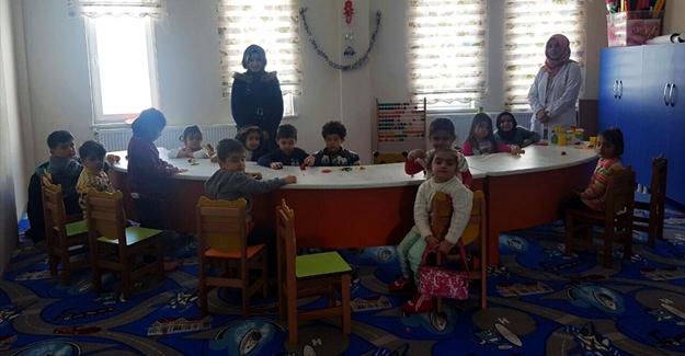 Gürpınar'da 4-6 yaş okul öncesi çocuklar için Kur'an kursu açıldı