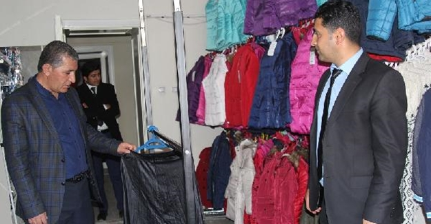 Başkale'de sosyal market ihtiyaç sahiplerinin umudu oldu