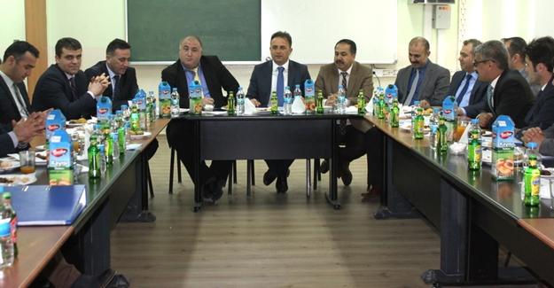 Gürpınar'da 'Eğitim istişare toplantısı' yapıldı