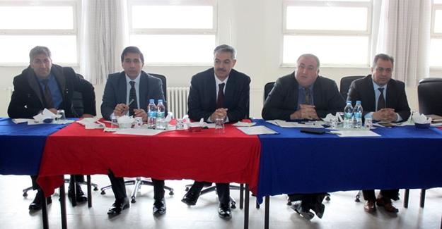 Van'daki YİBO müdürleri Gevaş'ta toplandı