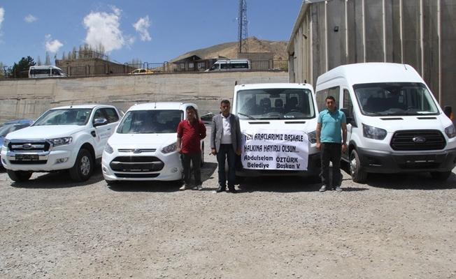 Başkale Belediyesi araç filosunu genişletti