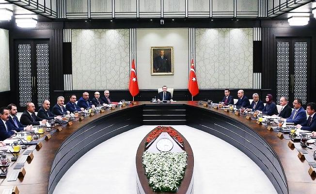 Kabinede değişmeyeceği iddia edilen 9 bakan