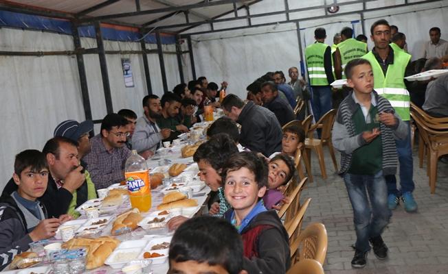 Özalp Belediyesinden iftar çadırı