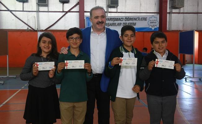Tuşba'da Bilgeler Yarışıyor' Ortaokullar Arası Bilgi Yarışması