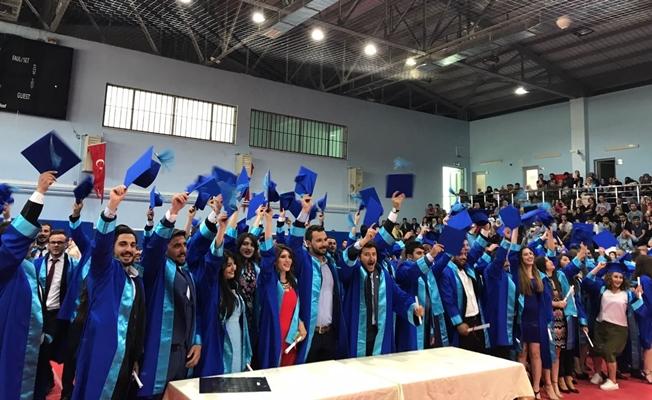 YYÜ'de Veteriner Fakültesi mezuniyet töreni 2017
