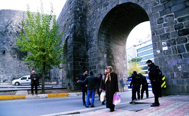 Diyarbakır'da sokağa çıkma yasağı ilan edildi!