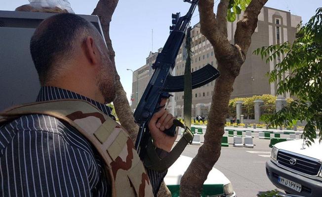 İran'da saldırıyı gerçekleştirenler öldürüldü