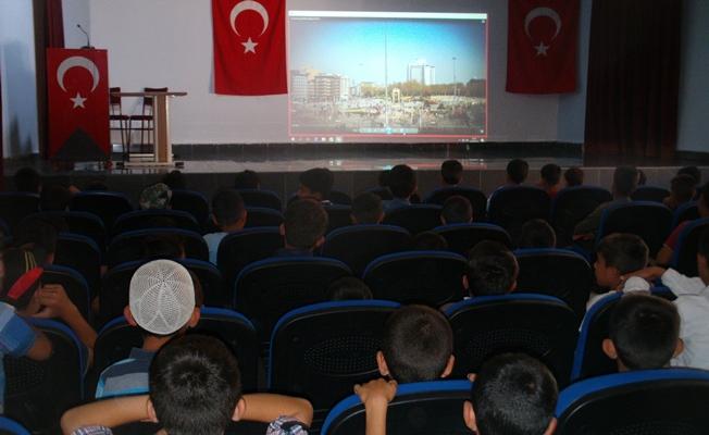 Özalp ilçesinde 15 Temmuz şehitlerine anma programı