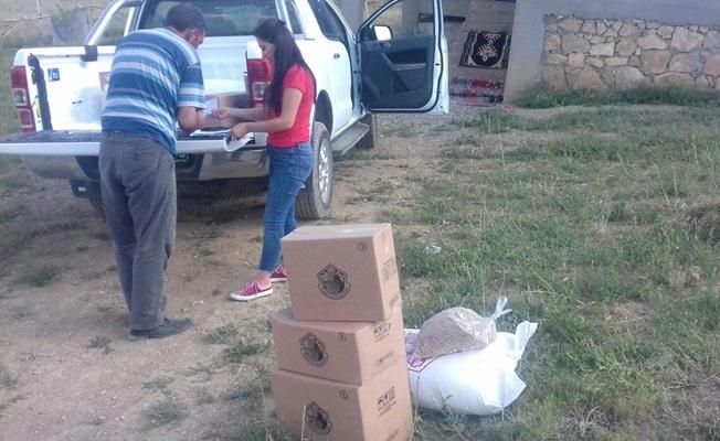 Başkale Belediyesinden ihtiyaç sahiplerine gıda yardımı