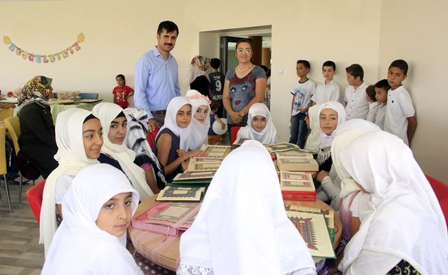 Büyükşehir'in Kur'an Kursu öğrencileri belgelerini aldı