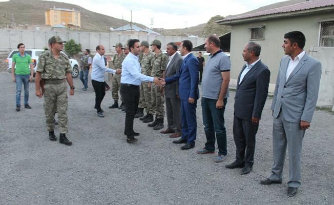 Kaymakam Dundar'dan Mehmetçik'e ziyaret