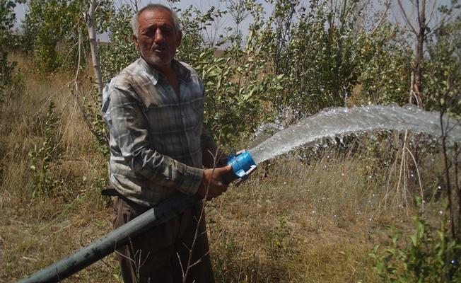 Taşıma suyla meyvecilik yapan çiftçiye destek