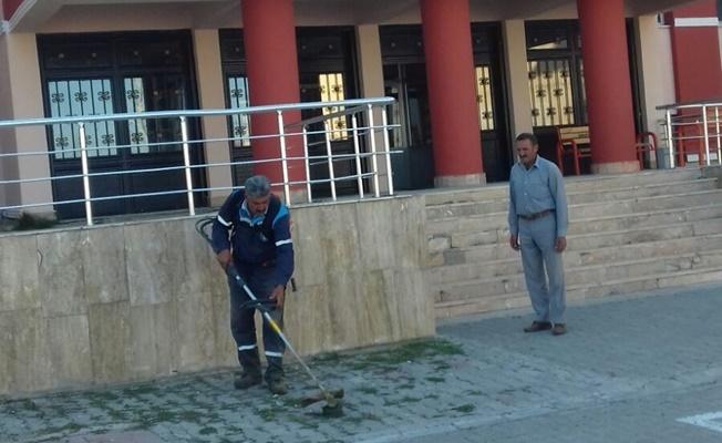 Çaldıran'da okulların çevre düzenlemesi