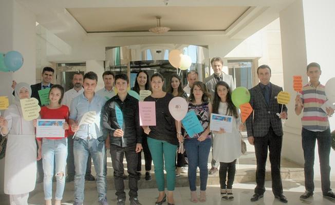 Stajını tamamlayan öğrencilere sertifika