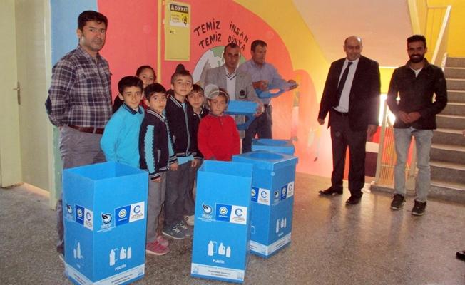 Edremit Belediyesi'nden ödüllü atık pil toplama kampanyası
