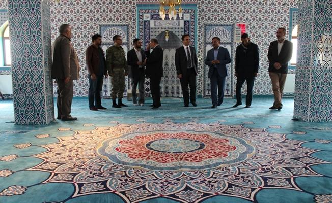 Kaymakam Dundar'dan camii ziyareti