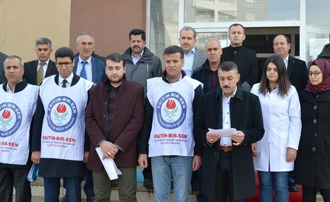 Eğitimcilere Yapılan Şiddet Erciş'te Protesto Edildi