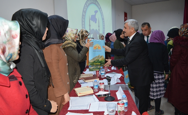 İpekyolu Belediyesinden engelli ailelerine seminer