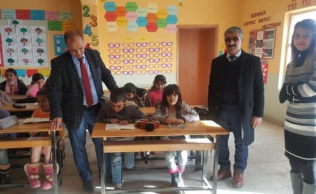 Kız çocuklarını okula kazandırma çalışması